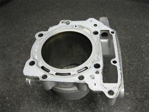 09-Aprilia-RSV1000R-RSV-1000-R-Rear-Cylinder-Jug-434