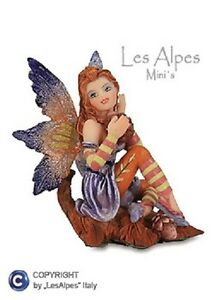 Les-Alpes-Mini-Fairies-Fairies-Seated-On-Leaf-7CM-032-006