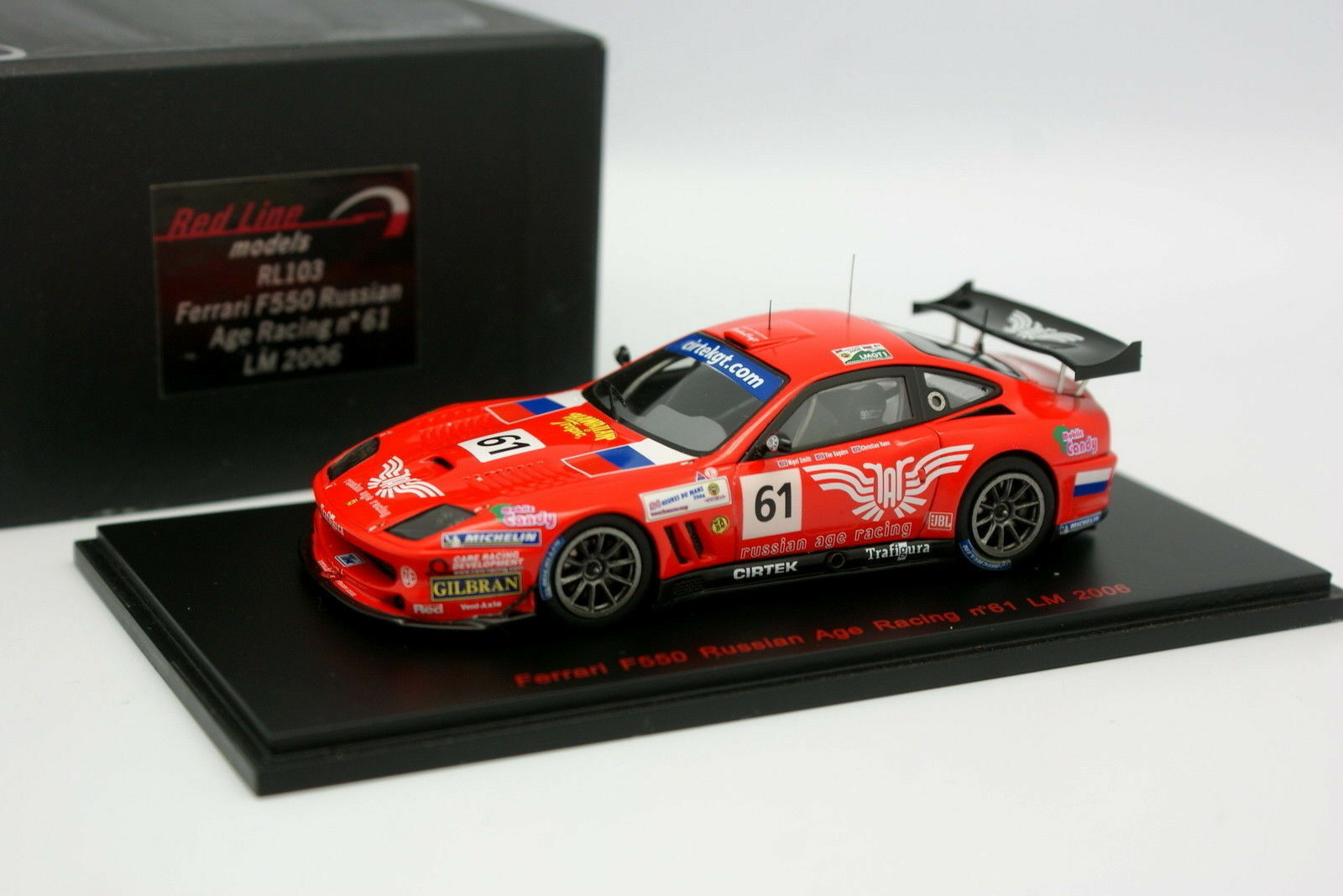 Rote linie 1   43 - ferrari f550 le mans russischen alter racing n ° 61 le mans 2006