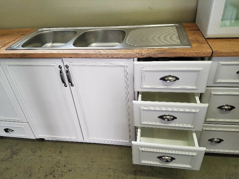 * BRAND NEW * MAIDSTONE KITCHEN DOUBLE SINK CABINET WITH ...