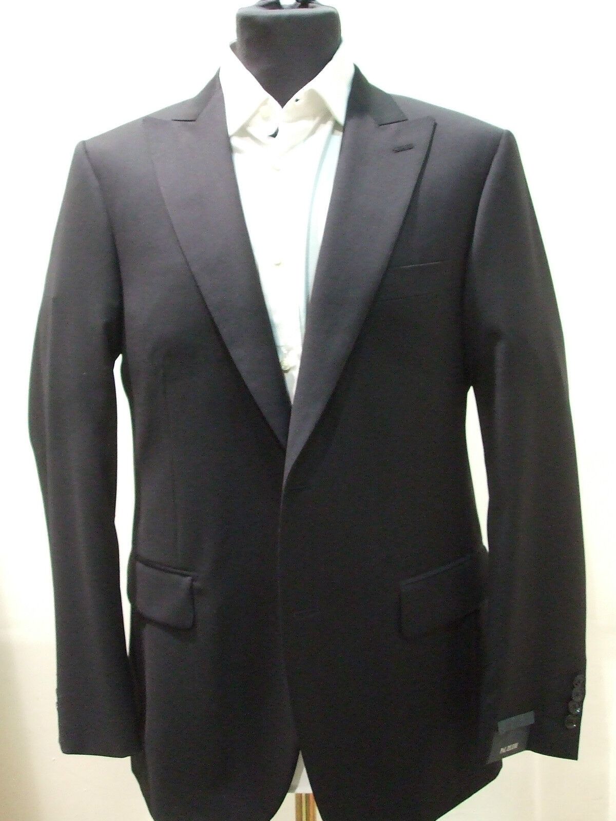 NEW   PAL ZILERI  Blau Suit 100% Wool  Größe 42 R Us 52  R Eu Made in  2BTN
