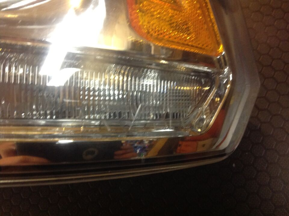 Dodge Ram 1500 laramie årg. 2017: Forlygter