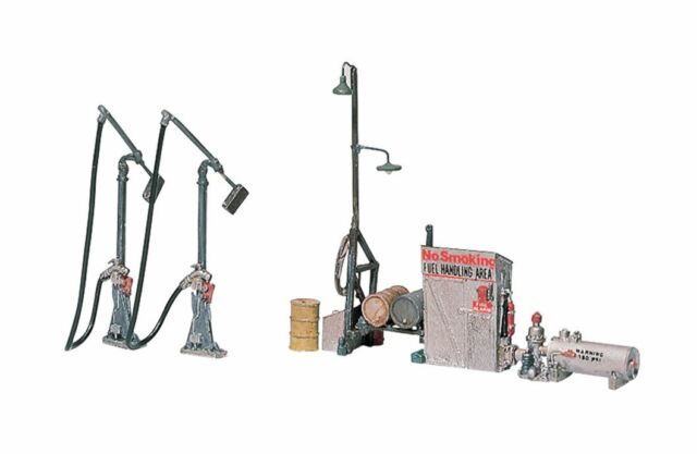 WOODLAND SCENICS HO SCALE DIESEL FUEL FACILITY | BN | 232