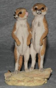Meerkat-Couple-African-Safari-Zoo-Wildlife-Animal-Decorative-Ornament-Figurine
