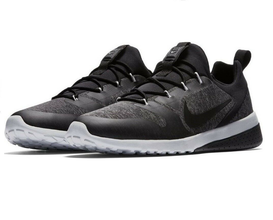 NEW Nike CK Racer Men's US Size 10 Athletic Running shoes 916780 007 Black White