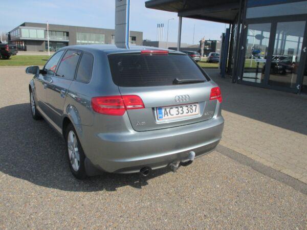 Audi A3 2,0 TDi 140 Ambiente SB - billede 2