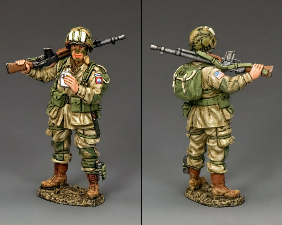 KING AND COUNTRY WW2 Drinking B.A.R. Gunner D Day DD249