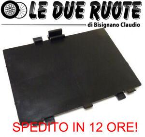 71752114-Fiat-500-Tappo-passaruota-ORIGINALE-accesso-luci-di-cortesia-posizione