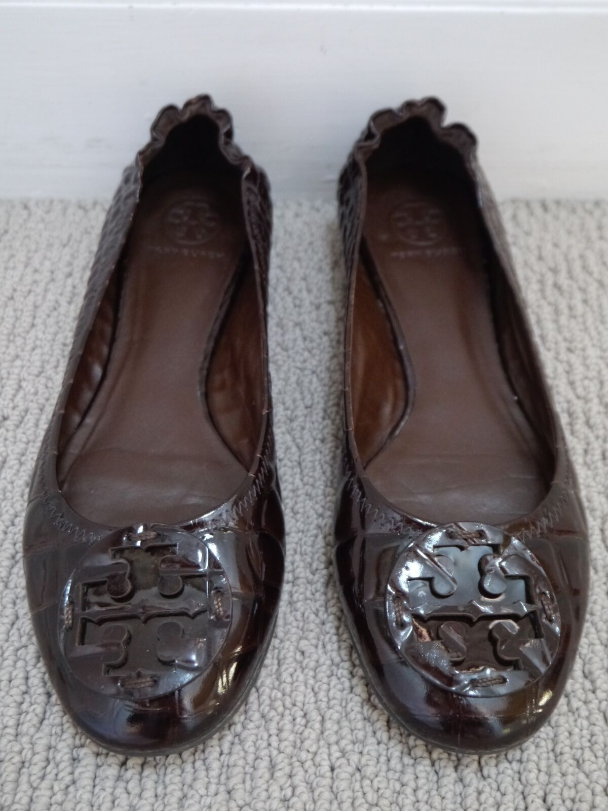 TORY BURCH Reva croc brown patent leather logo detail ballet flats shoes 10.5