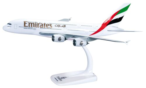Emirates A380 Herpa 1:250 Snap-Fit neues Modell Expo 2020 Dubai UAE Aufsteller