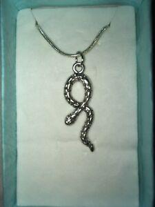 Snake-Pendant-Necklace