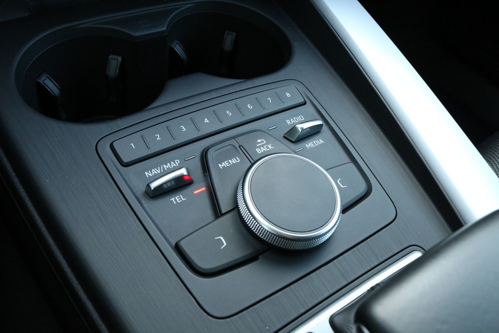 Audi A4 TFSi 190 Avant S-tr.