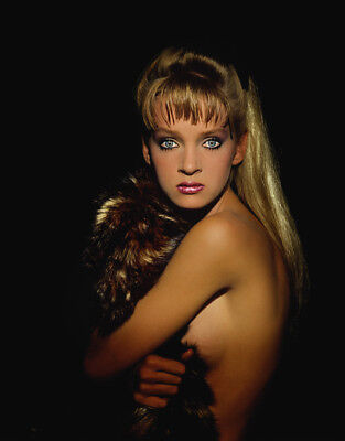 Uma Thurman Unsigned Photograph L8131 Sexy American Actress