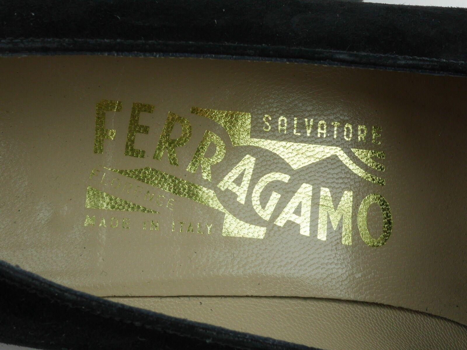 SALVATORE FERRAGAMO Women's 7 - - - BLACK SUEDE LEATHER CLOSED TOE HIGH HEELS PUMPS 7919fd