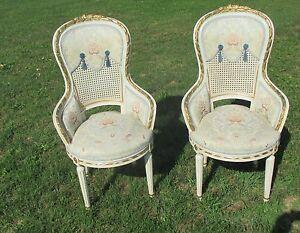 Vintage-Couple-Chairs-Louis-XVI-style-Wood-white-wicker-Cane-Gobelin-Stunning