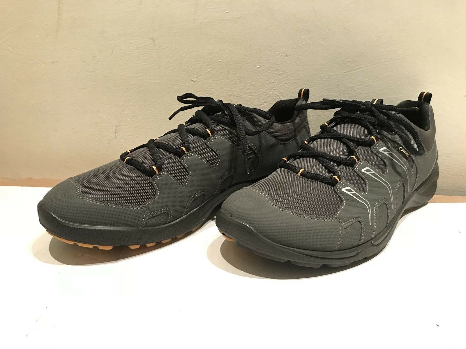 ECCO GORE-TEX WATERPROOF RUBBER GRIP SOLE PERFORMANCE Chaussures SZ 45/12