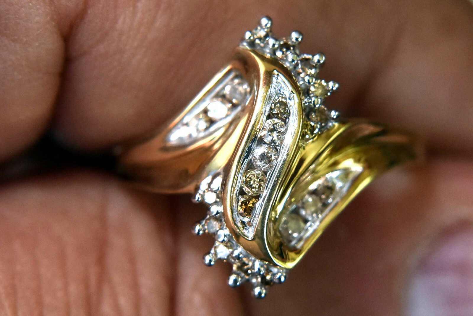 10K Solid gold and Natural Diamonds Ring Size 7