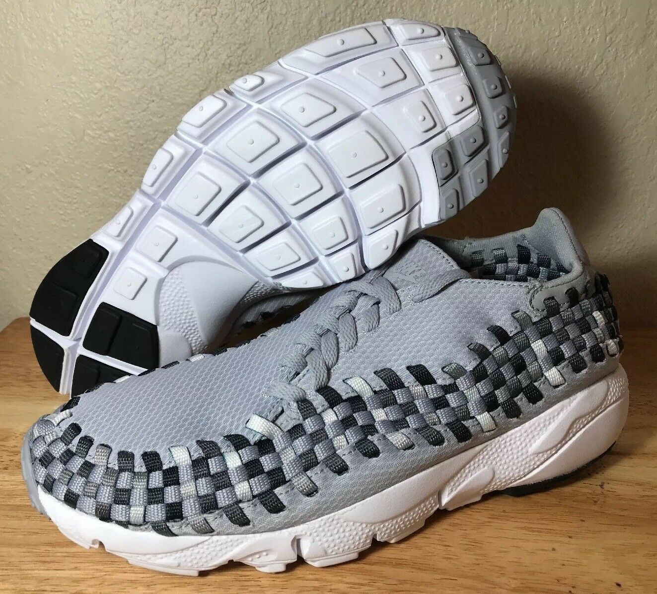 Nike Air Footscape Woven NM Size 9 Wolf Grey Black Dark Grey Mens New 875797-004
