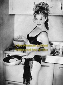 Elisabeth Shue Panties HD