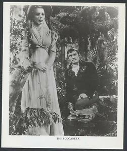 INGER-STEVENS-YUL-BRYNNER-in-The-Buccaneer-1970s-DRESS
