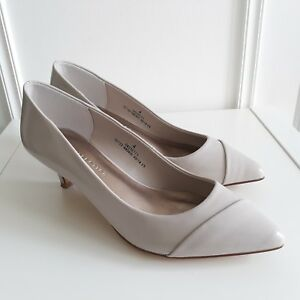 M-amp-S-Collection-Taupe-Grey-Pointed-Leather-Court-Shoes-Mid-Heels-Sz-4-Wider-Fit