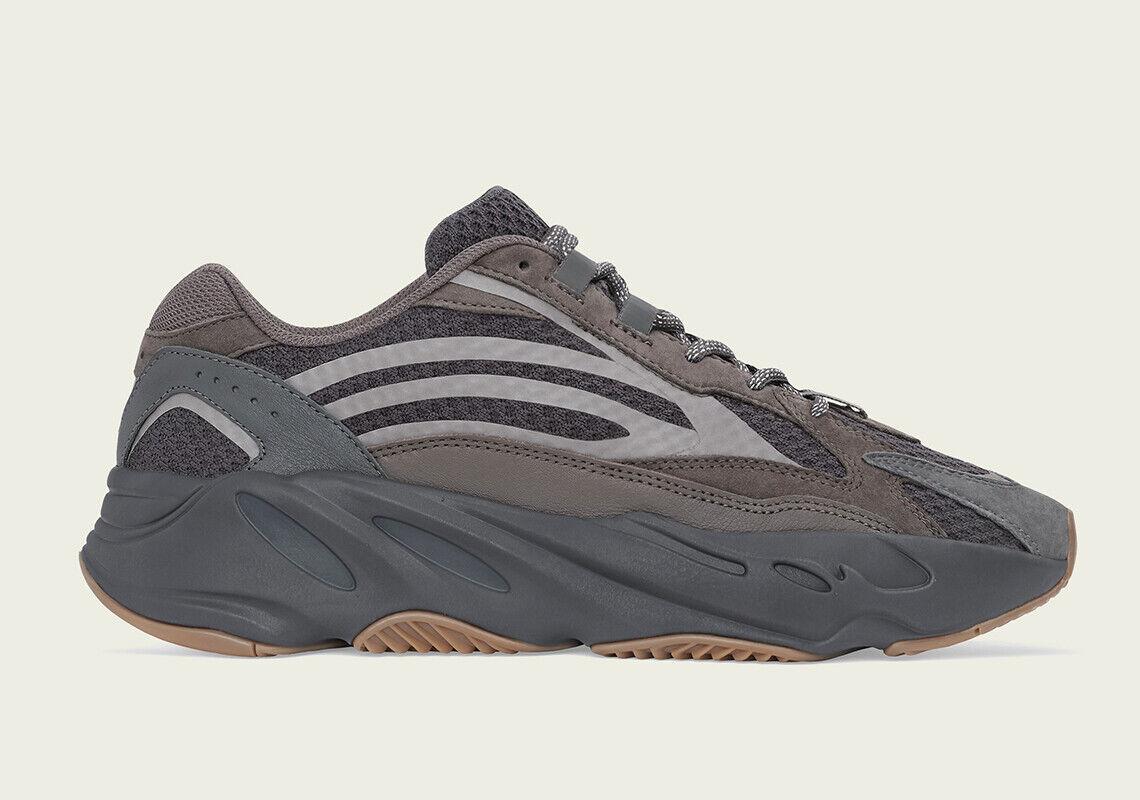 Men's Adidas Yeezy Boost 700 V2  Geode  EG6860 Brand New