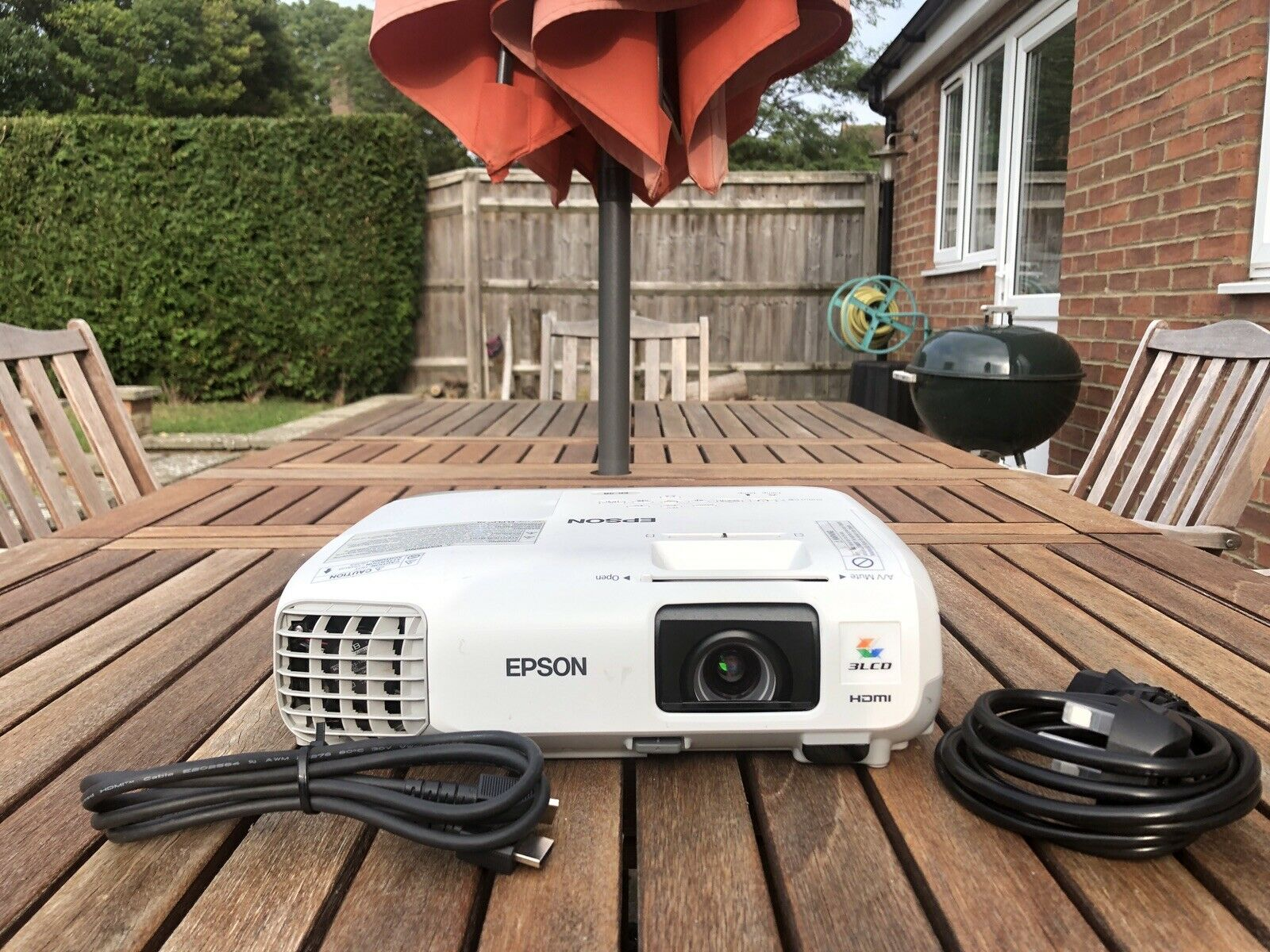 Epson EB-98 3000 Lumens Home Cinema Projector HDMI Long Lamp Life, with Cables