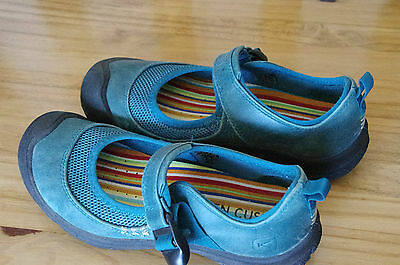 Keen Erin Shoes Mary Jane Mesh Leather W6