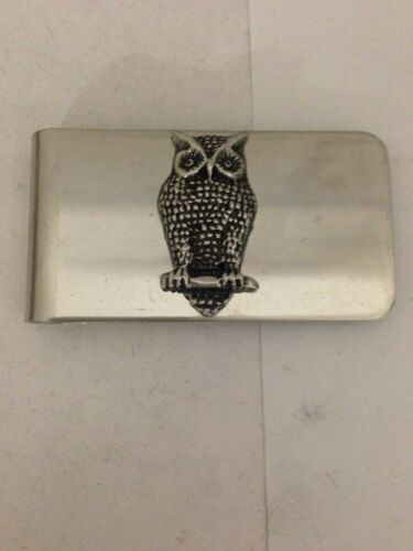 Owl R157 inglés estaño emblema en un impresionante clip de dinero