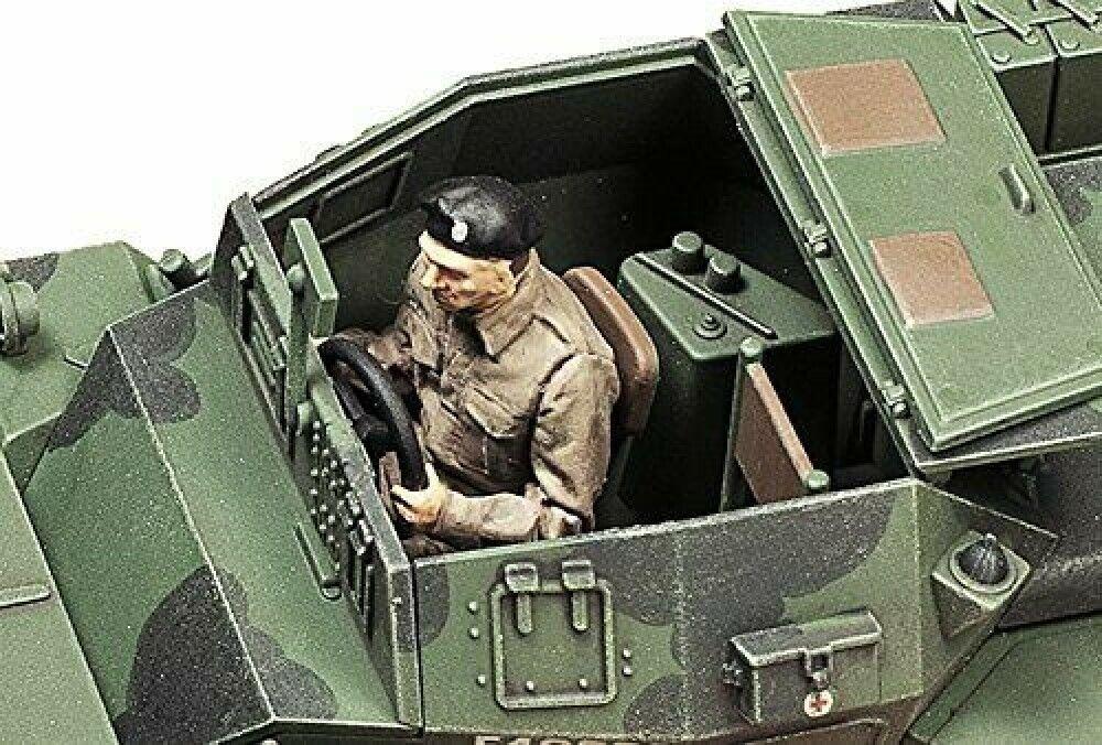 Tamiya 32581 1//48 Scale Model Kit British Daimler Armored Scout Car Dingo MKII