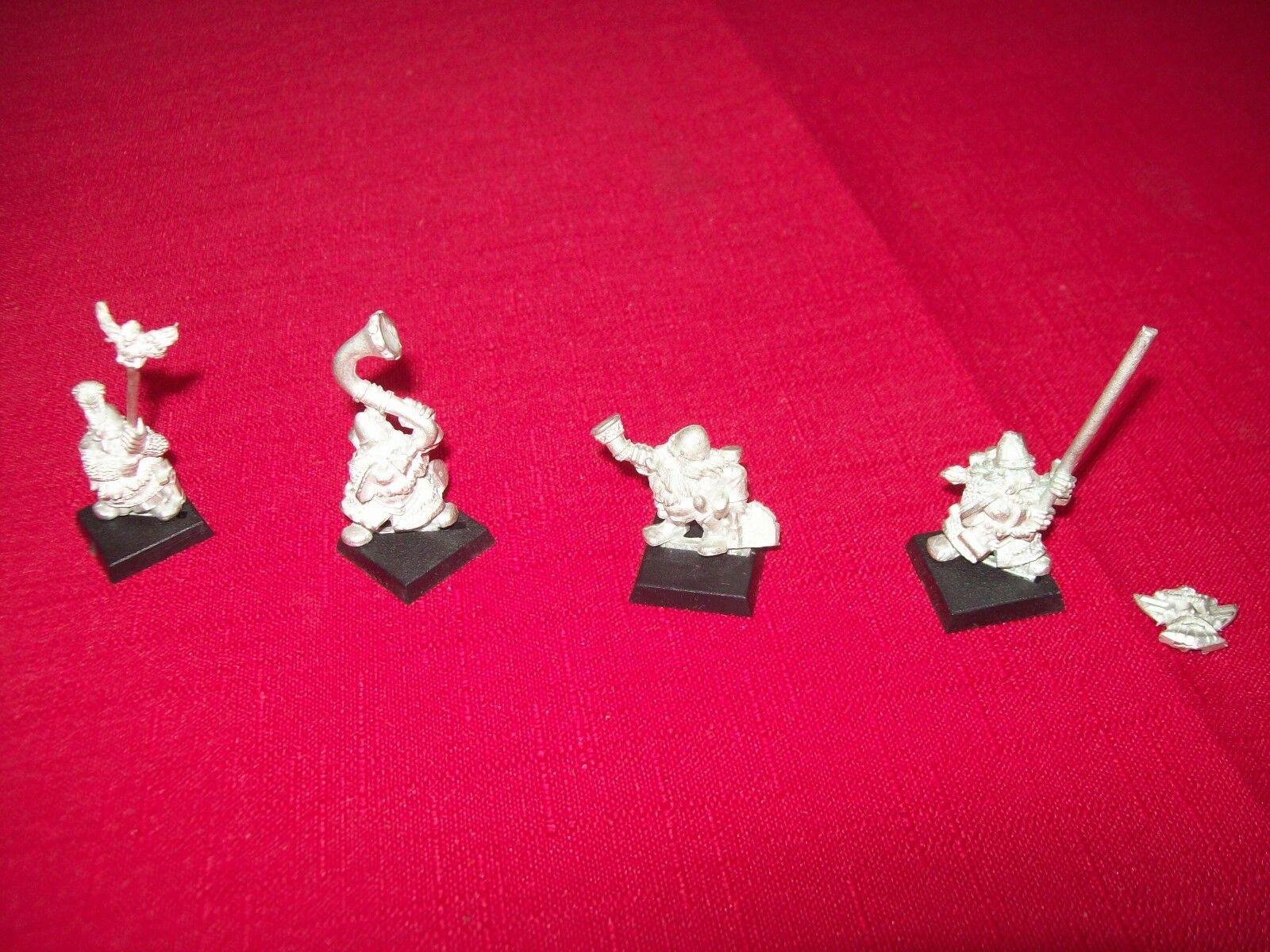 Warhammer Dwarf Hammerers Command Group Standard Bearer x 2 and Musicians x 2 -