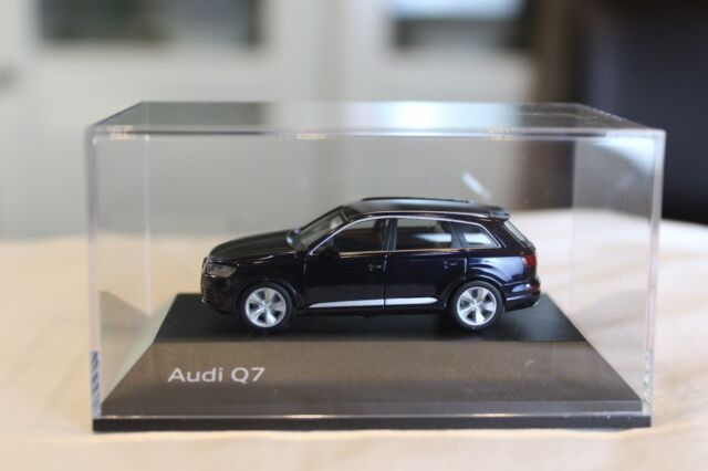 monsungrau metallic Neu 1//87 Audi Q5 Herpa 038621-002