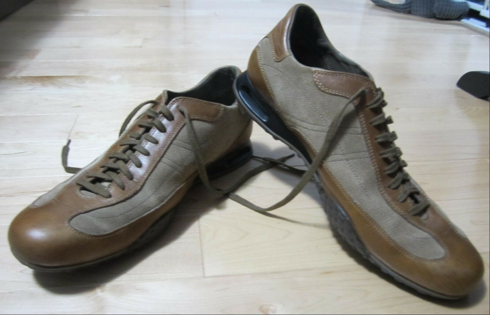 Cole Haan Men's Taupe Suede - Tan Leather Lace Up Oxford shoes Size 9.5