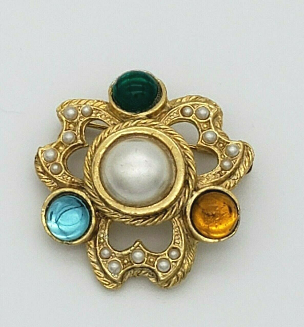 Vintage Rhinestone Faux Pearl Cabochon Brooch Pin… - image 4