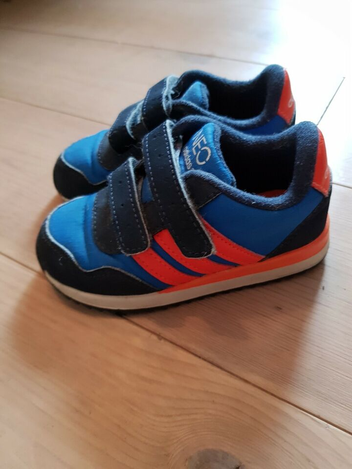 Sneakers, str. 22, Adidas