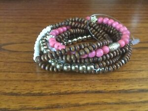 Set-of-9-Stackable-Wood-Beaded-Stretch-Bracelets-Brown-Pink-White-Gold-Tone-508