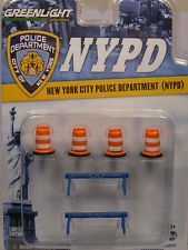 Greenlight NYPD Traffic Barrels & Street Barricades Set Le #13068 1 64