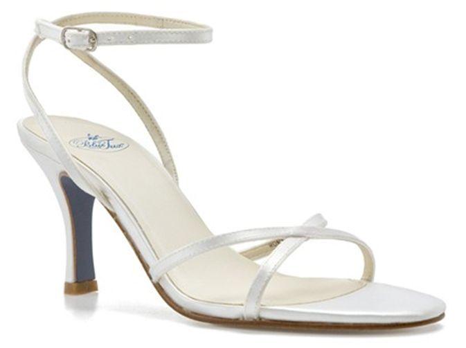 90 bleu TUX Romy Sandals Heels  Dyeable blanc Satin  Taille 9 NEW