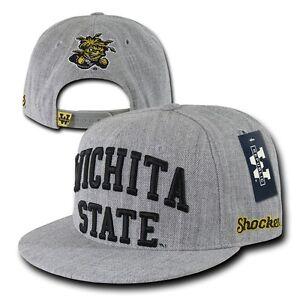 Adaptable Ncaa Wichita État University Shockers 6 Panneaux Jeu Jour Casquettes Snapback