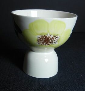 Southern-Potteries-Blue-Ridge-Cute-034-Sunny-034-Double-Egg-Cup-5651-Yellow