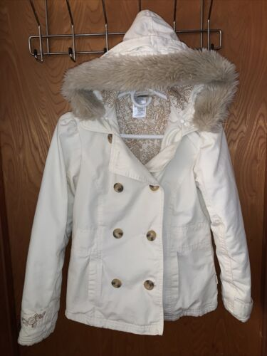 Disneyland Resort Women's Small  Faux Fur Hooded J