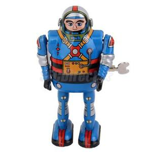 VINTAGE WIND UP Robot Astronaut with Key CLOCKWORK Mechanical WALKING TIN TOY
