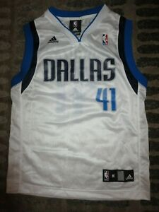 Dirk Nowitzki 41 Dallas Mavericks NBA Green adidas Jersey Boy's Medium 10 12