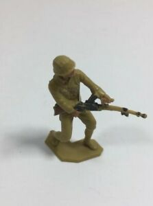 Vintage-1963-Louis-Marx-Toy-Soldier-Plastic-2-034-Tall-WWII-WW2