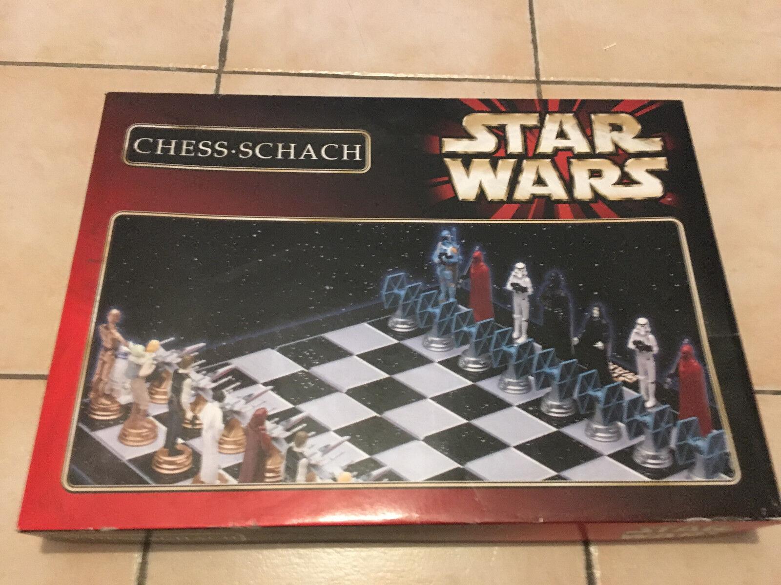Jeu d'échecs STAR WARS - Chess - complet   Collector