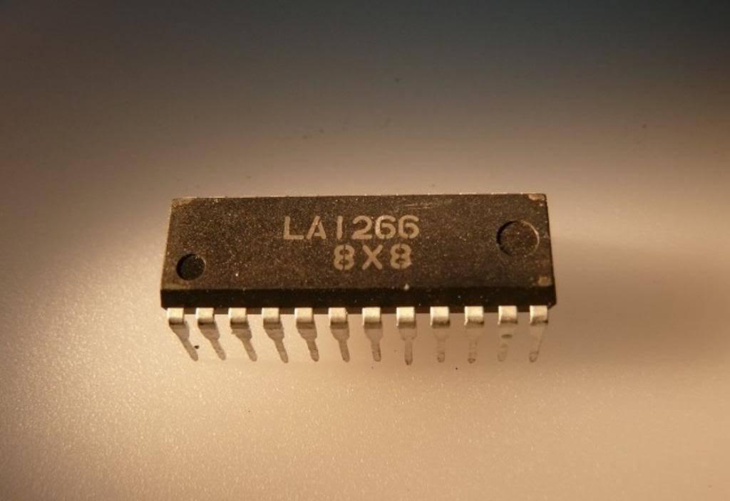 SANYO LA1265 DIP-22 FM//AM Tuner of Electronic Tuning Type