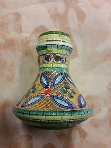 Vaso in ceramica Deruta decorato a mano con inserti in oro zecchino