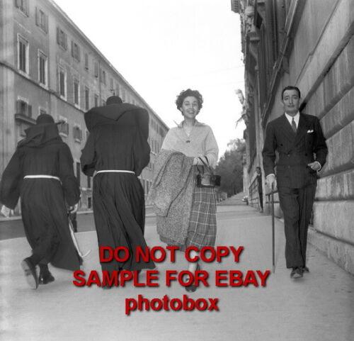 Exclusive Unpublished PHOTO Ref 601 Salvador Dali