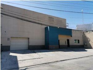 Edificio comercial y oficinas en venta en Blvd. Bellas Artes Garita de Otay Tijuana Baja California