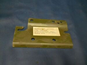 Jeep-Willys-M38-M38A1-CJ2A-Cj3A-Transmission-mount-plate-NOS-G740